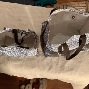 Thirty-one blue floral organizer bags
